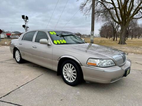 2003 Lincoln Town Car for sale at Island Auto Express in Grand Island NE