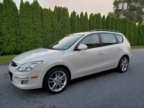 2010 Hyundai Elantra Touring for sale at Kingdom Autohaus LLC in Landisville PA