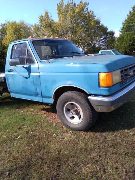 1988 Ford F-150 for sale at C & R Auto Sales in Bowlegs OK