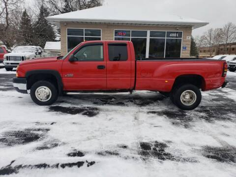 2005 Chevrolet Silverado 3500 for sale at Auto Galaxy Inc in Grand Rapids MI