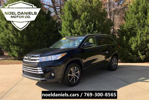 2019 Toyota Highlander for sale at Noel Daniels Motor Company in Brandon MS