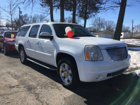 2007 GMC Yukon XL for sale at Antique Motors in Plymouth IN