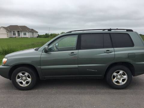 2005 Toyota Highlander for sale at Nice Cars in Pleasant Hill MO