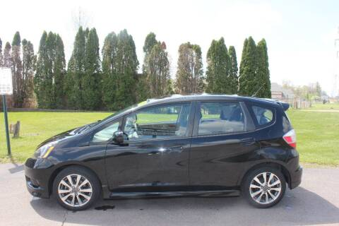2013 Honda Fit for sale at D & B Auto Sales LLC in Washington Township MI