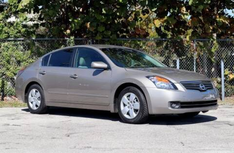 2007 Nissan Altima for sale at No 1 Auto Sales in Hollywood FL