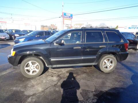 2005 Jeep Grand Cherokee for sale at Cars Unlimited Inc in Lebanon TN