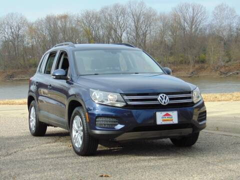 2016 Volkswagen Tiguan for sale at Auto House Superstore in Terre Haute IN