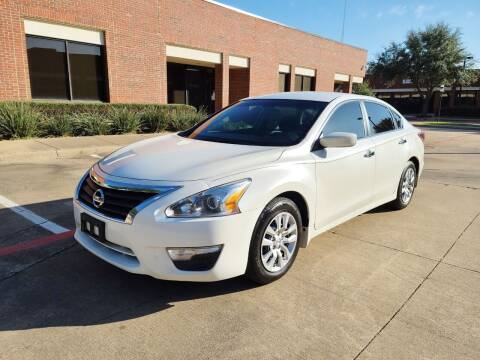 2015 Nissan Altima for sale at DFW Autohaus in Dallas TX