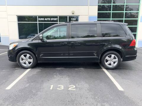 2009 Volkswagen Routan for sale at Euro Auto Sport in Chantilly VA