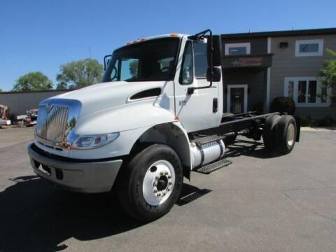 2006 International DuraStar 4400 for sale at NorthStar Truck Sales in Saint Cloud MN