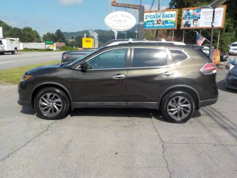 2016 Nissan Rogue for sale at EAST MAIN AUTO SALES in Sylva NC