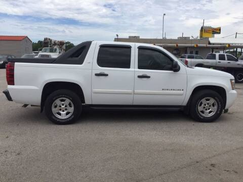 2007 Chevrolet Avalanche for sale at JENTSCH MOTORS in Hearne TX