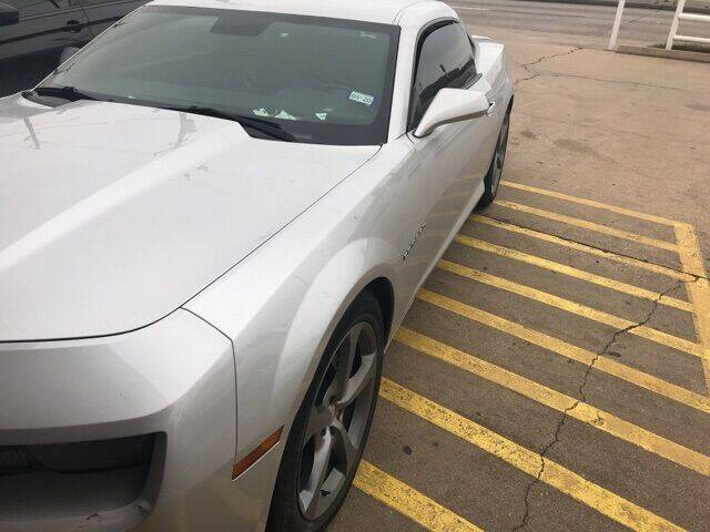 2013 Chevrolet Camaro for sale at FREDY USED CAR SALES in Houston TX