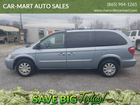 2006 Chrysler Town and Country for sale at CAR-MART AUTO SALES in Maryville TN