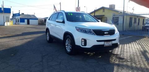 2014 Kia Sorento for sale at Autosales Kingdom in Lancaster CA