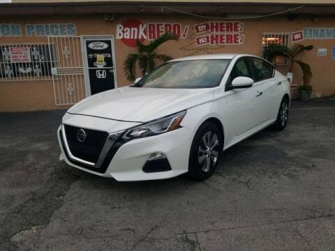 2020 Nissan Altima for sale at VALDO AUTO SALES in Miami FL