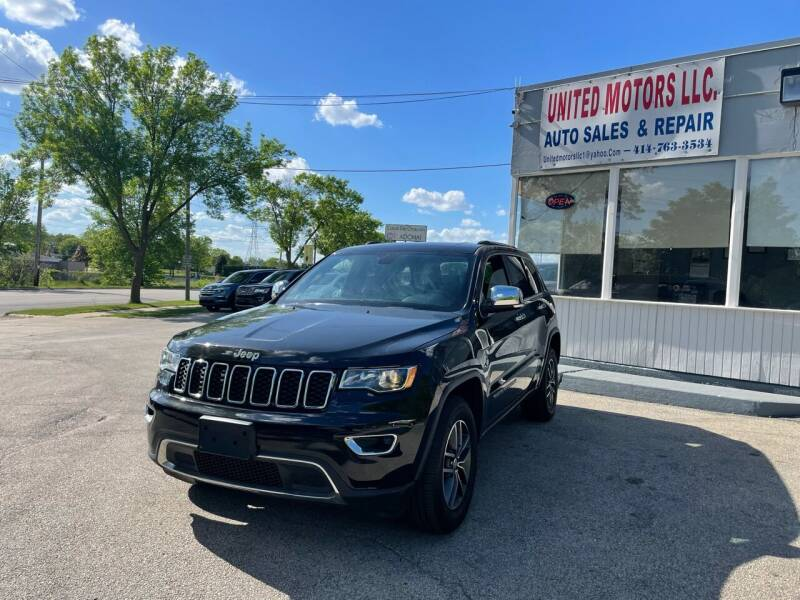 2017 Jeep Grand Cherokee for sale at United Motors LLC in Saint Francis WI