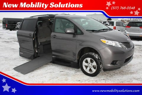2017 Toyota Sienna for sale at New Mobility Solutions in Jackson MI