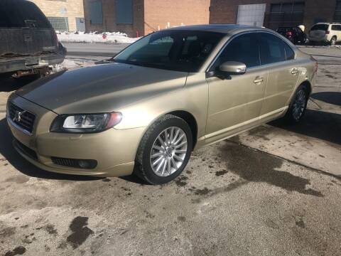 2007 Volvo S80 for sale at Square Business Automotive in Milwaukee WI