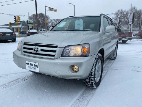 2007 Toyota Highlander for sale at Toy Box Auto Sales LLC in La Crosse WI