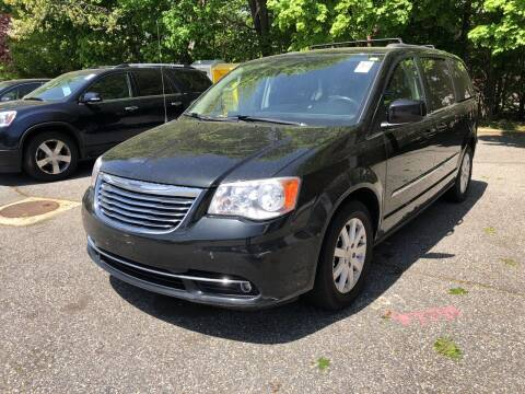 2013 Chrysler Town and Country for sale at Barga Motors in Tewksbury MA