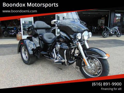 2013 Harley-Davidson Tri Glide for sale at Boondox Motorsports in Caledonia MI