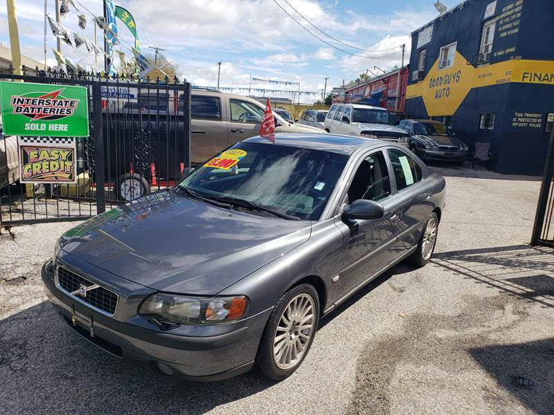 2003 Volvo S60 for sale at UPTOWN DIPLOMAT MOTOR CARS in Baltimore MD