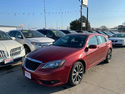 2014 Chrysler 200 for sale at De Anda Auto Sales in South Sioux City NE