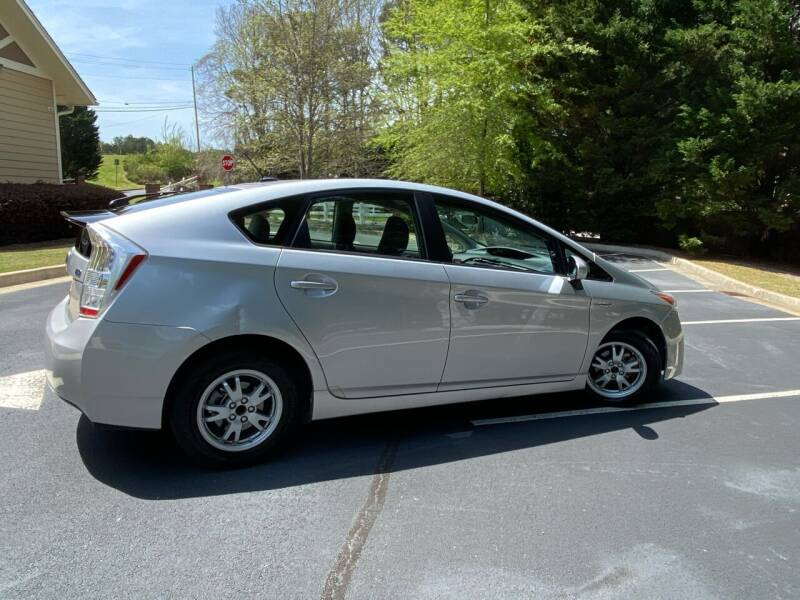 2010 Toyota Prius for sale at Paramount Autosport in Kennesaw GA