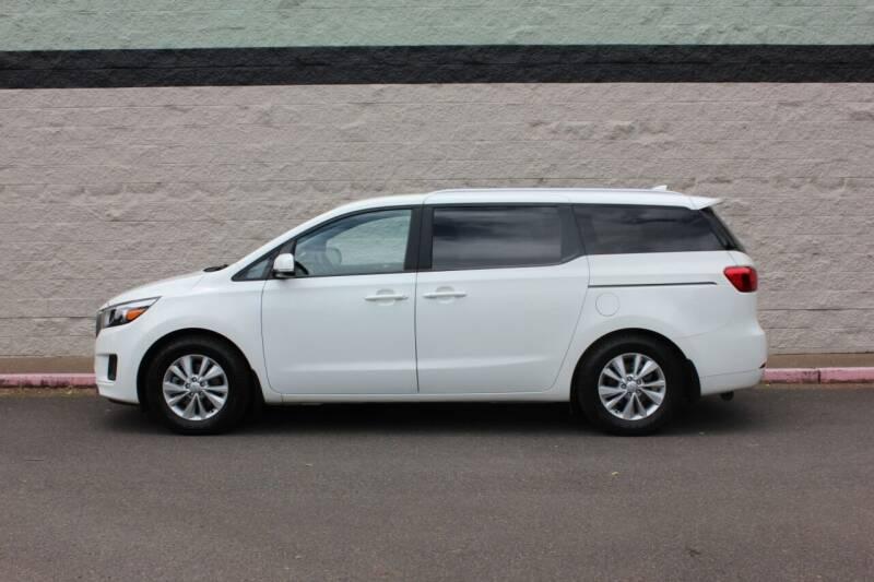 2016 Kia Sedona for sale at Al Hutchinson Auto Center in Corvallis OR