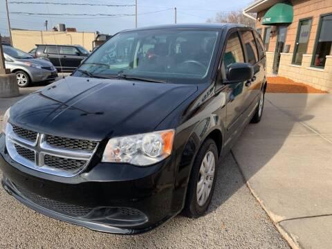 2014 Dodge Grand Caravan for sale at Auto Solutions of Rockford in Rockford IL