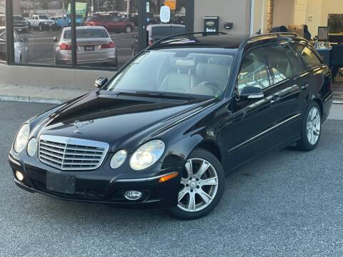 2009 Mercedes-Benz E-Class for sale at MAGIC AUTO SALES - Magic Auto Prestige in South Hackensack NJ