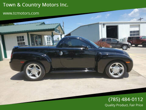 2005 Chevrolet SSR for sale at Town & Country Motors Inc. in Meriden KS