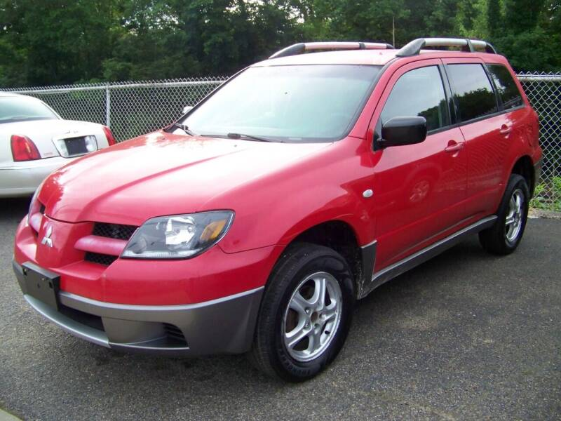 2004 Mitsubishi Outlander for sale at Collector Car Co in Zanesville OH