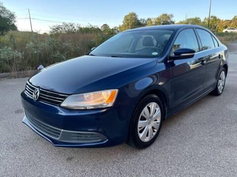 2013 Volkswagen Jetta for sale at Gwinnett Luxury Motors in Buford GA