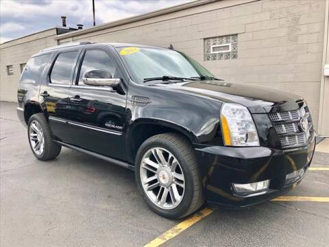 2014 Cadillac Escalade for sale at Richardson Sales & Service in Highland IN
