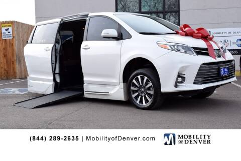2019 Toyota Sienna for sale at CO Fleet & Mobility in Denver CO
