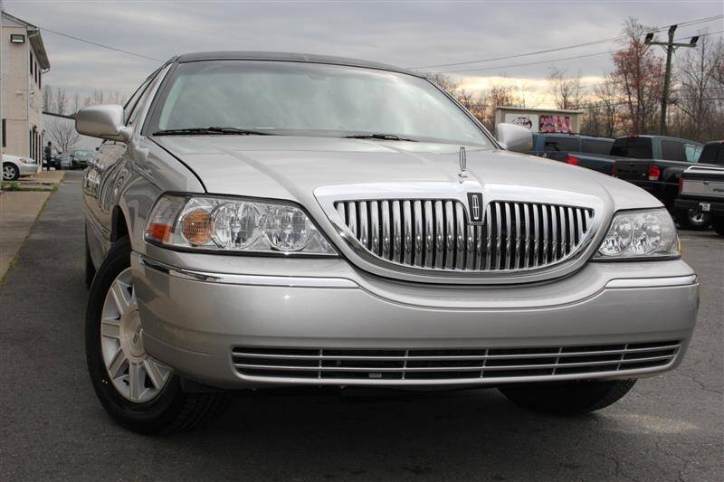 2010 Lincoln Town Car for sale in Fredericksburg, VA