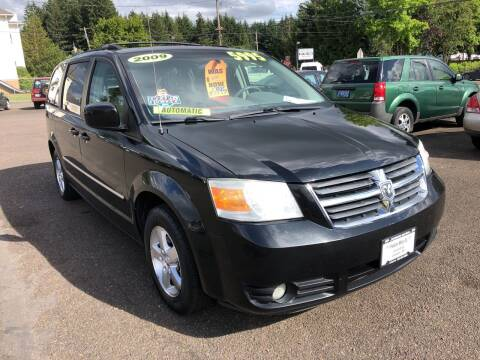 2009 Dodge Grand Caravan for sale at Freeborn Motors in Lafayette, OR