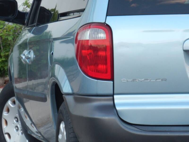 2003 Chrysler Voyager for sale at Moto Zone Inc in Melrose Park IL