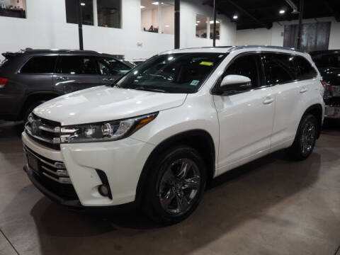 2018 Toyota Highlander for sale at Montclair Motor Car in Montclair NJ