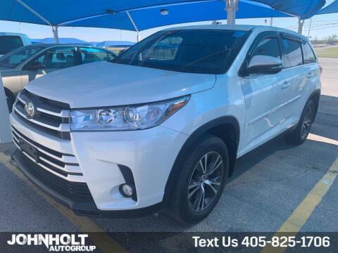 2019 Toyota Highlander for sale at JOHN HOLT AUTO GROUP, INC. in Chickasha OK