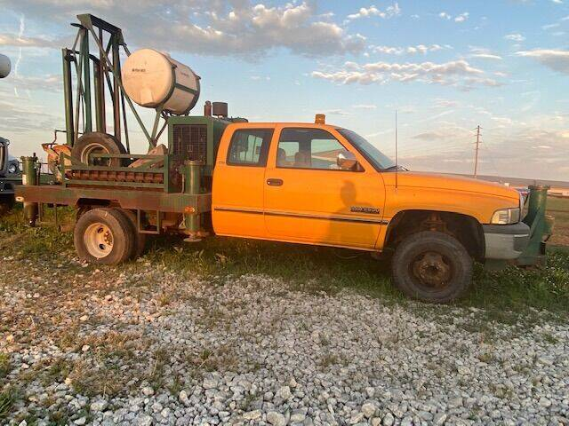 1995 Dodge Ram Pickup 2500 for sale at The Ranch Auto Sales in Kansas City MO