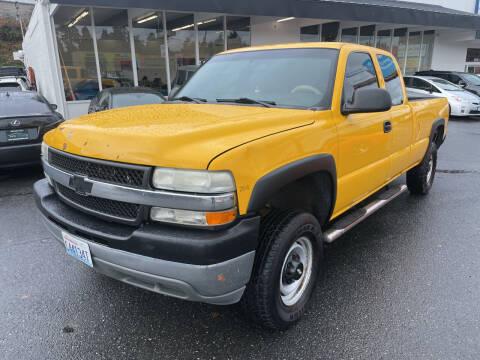 2002 Chevrolet Silverado 2500HD for sale at APX Auto Brokers in Edmonds WA
