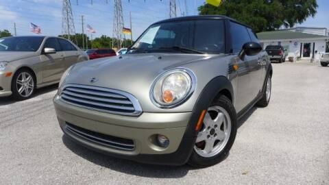 2008 MINI Cooper for sale at Das Autohaus Quality Used Cars in Clearwater FL