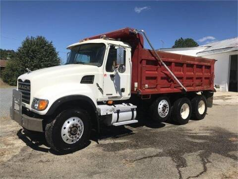 2003 Mack GRANITE CV713 for sale at Vehicle Network - Plantation Truck and Equipment in Carthage NC