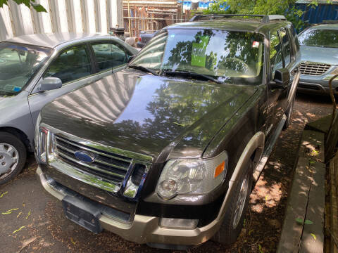 2007 Ford Explorer for sale at Drive Deleon in Yonkers NY