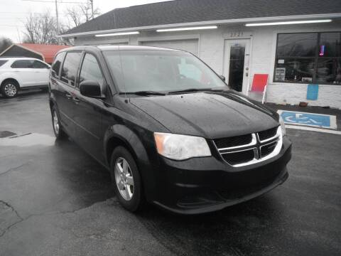 2013 Dodge Grand Caravan for sale at Morelock Motors INC in Maryville TN