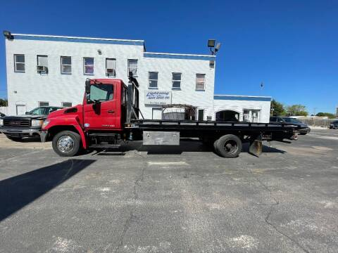 2010 Hino 258 for sale at Lightning Auto Sales in Springfield IL