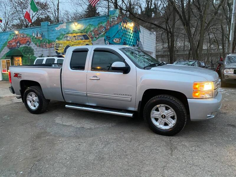 2013 Chevrolet Silverado 1500 for sale at Showcase Motors in Pittsburgh PA